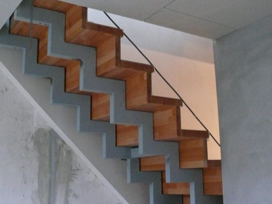 Im 2. Obergeschoss werden die neuen Treppen zur Maisonetteebene im Dachgeschoss eingebaut.