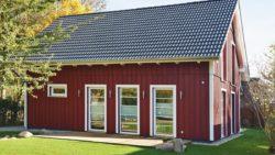 """Schwedenhaus gartengestaltung  Tradition trifft Moderne"""" - ein Schwedenhaus mit Pfiff - Andrea ..."""